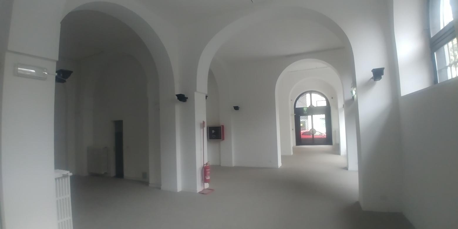 NEGOZIO in Affitto  a Milano - RIF. NLAN004