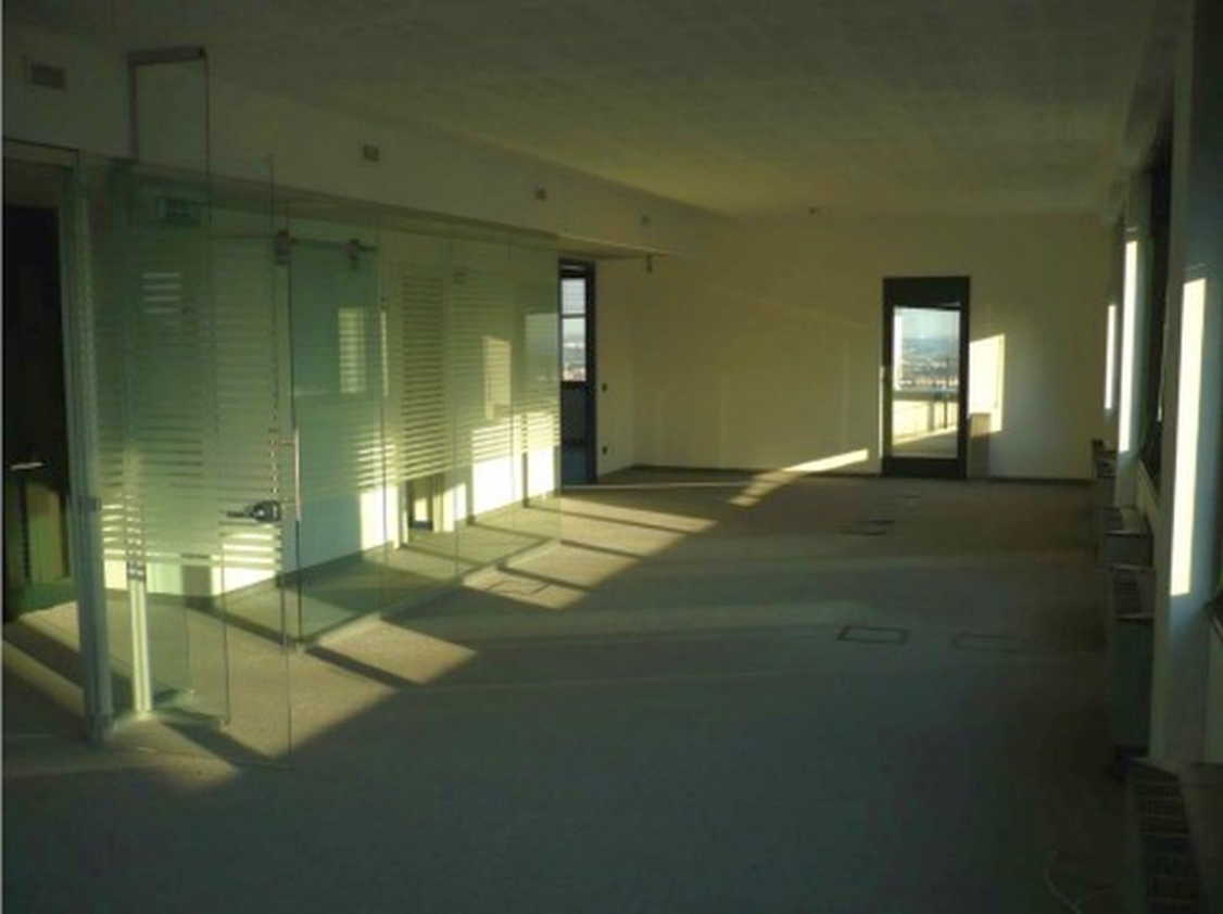 NEGOZIO in Affitto  in Lombardia - RIF. NLII001