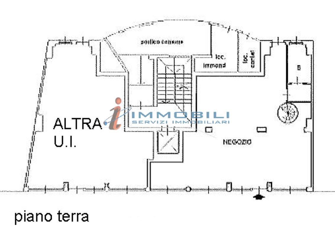 Negozio Vendita MILANO Certosa Mq 129 euro 255000