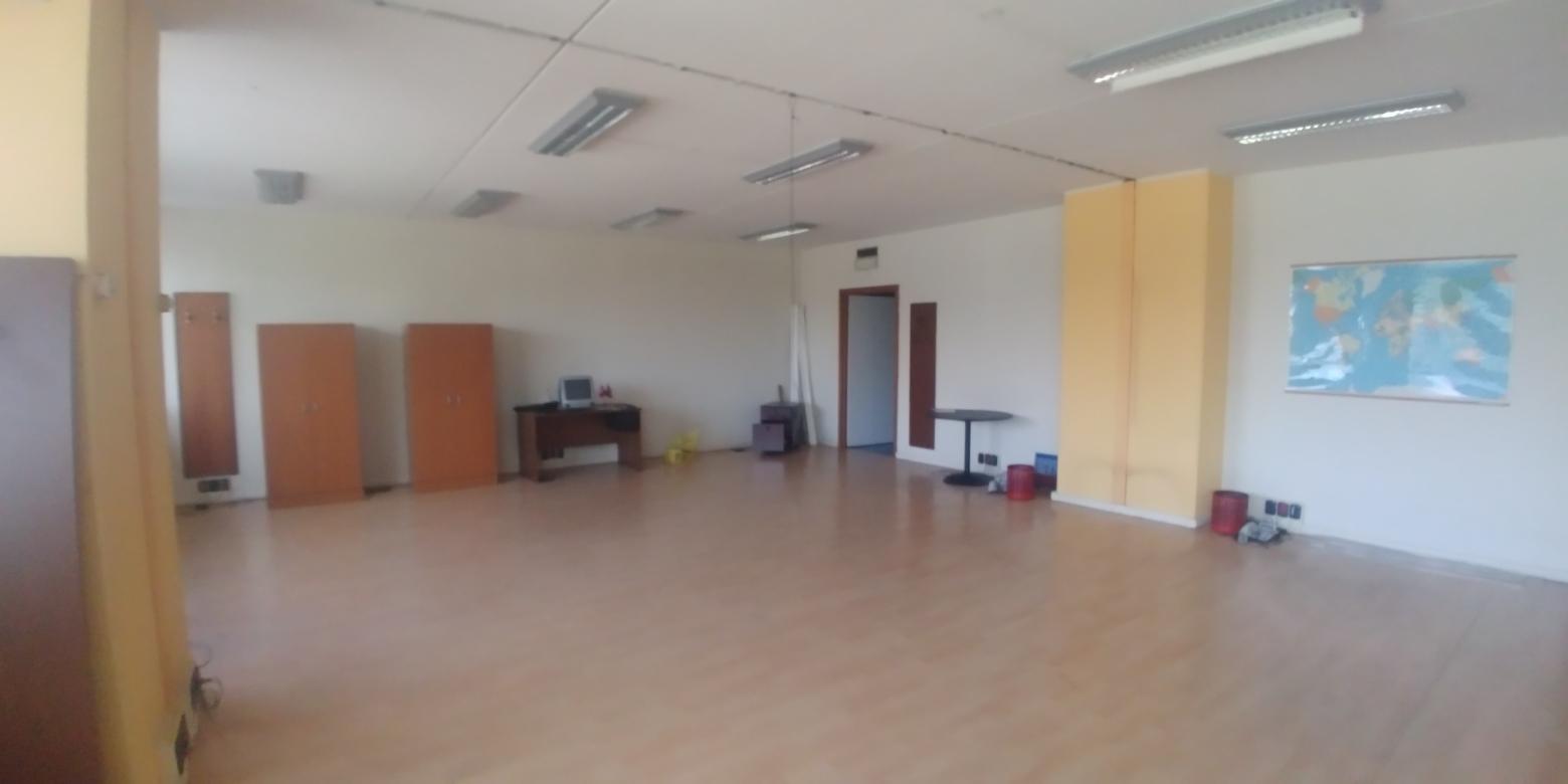 Capannone,Negozio,Ufficio in Affitto  a Assago - RIF. ULLO071