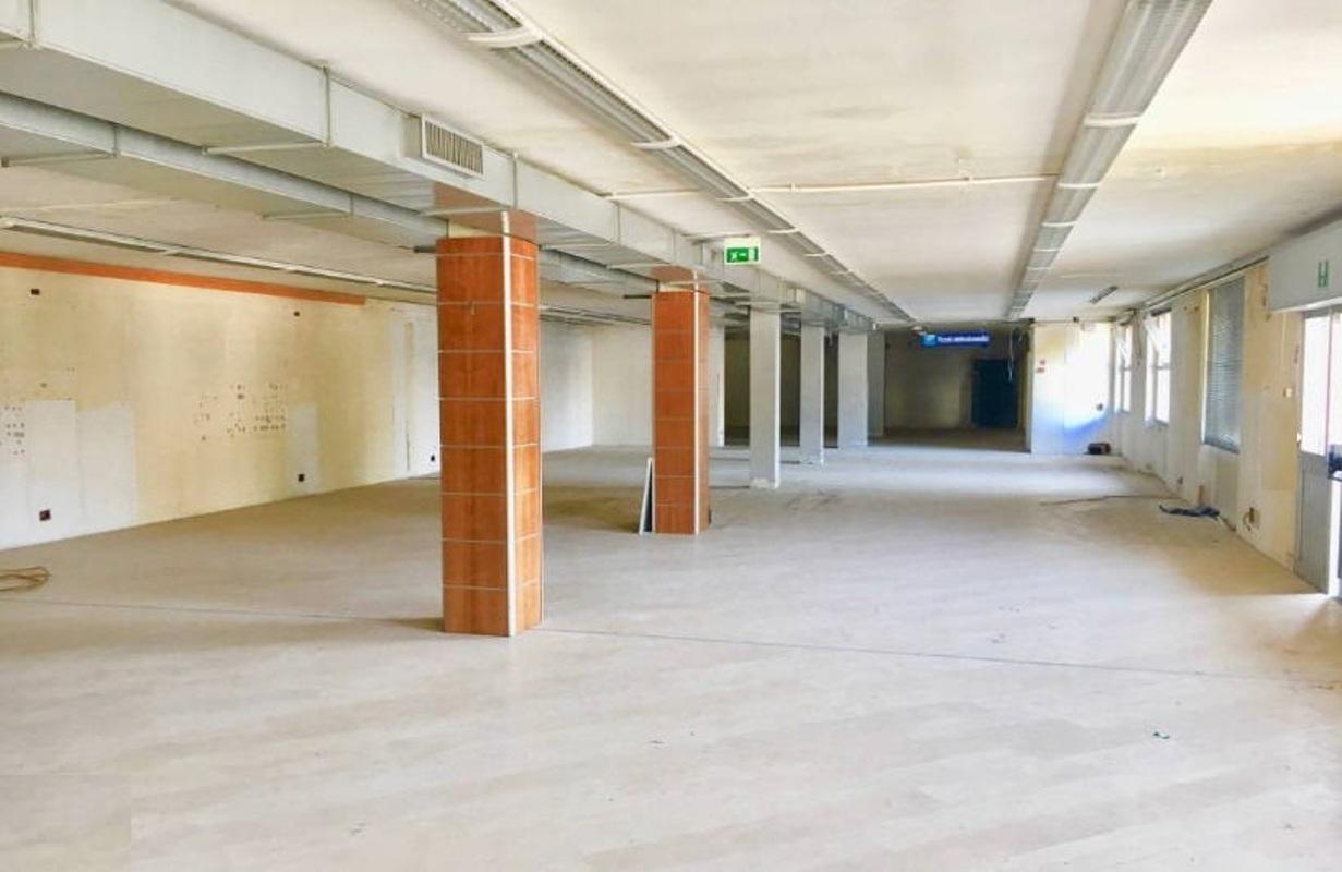 capannone,negozio,ufficio in Affitto  a monza - RIF. ULPM022