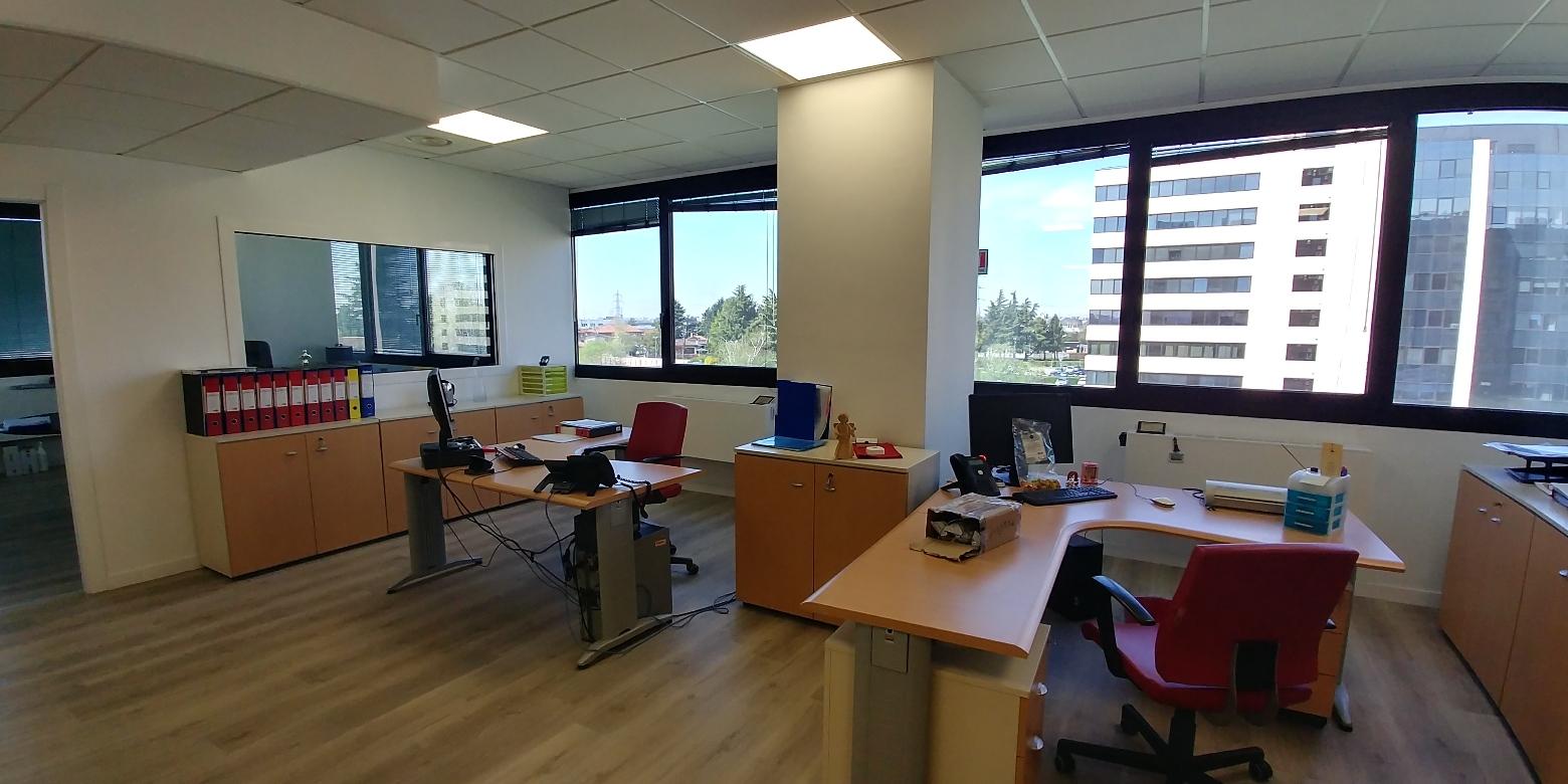 capannone,negozio,ufficio in Affitto  zona - a agrate brianza - RIF. ULSQ050