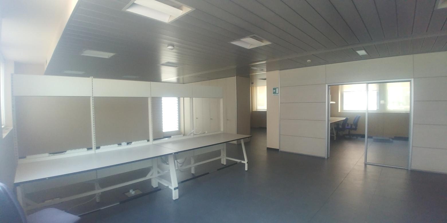 Capannone,Negozio,Ufficio in Affitto  a Lainate - RIF. ULSY056