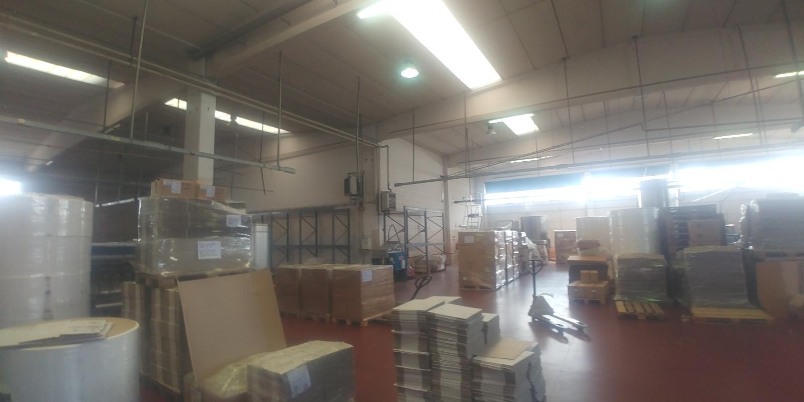 Capannone,Negozio,Ufficio in Affitto  a San giuliano milanese - RIF. ZLHV071
